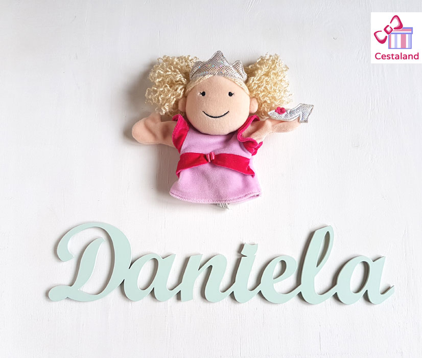 letras madera Daniela. Comprar letras para decorar