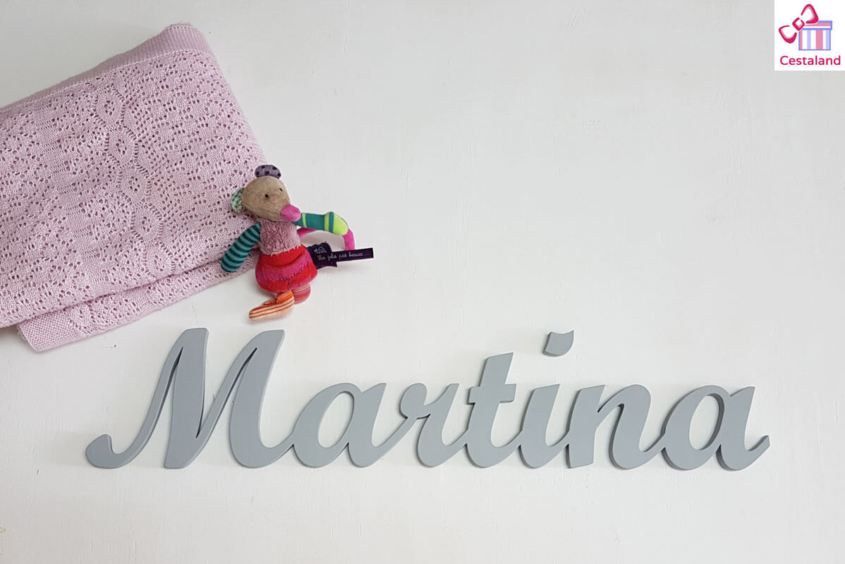 letras gris Martina