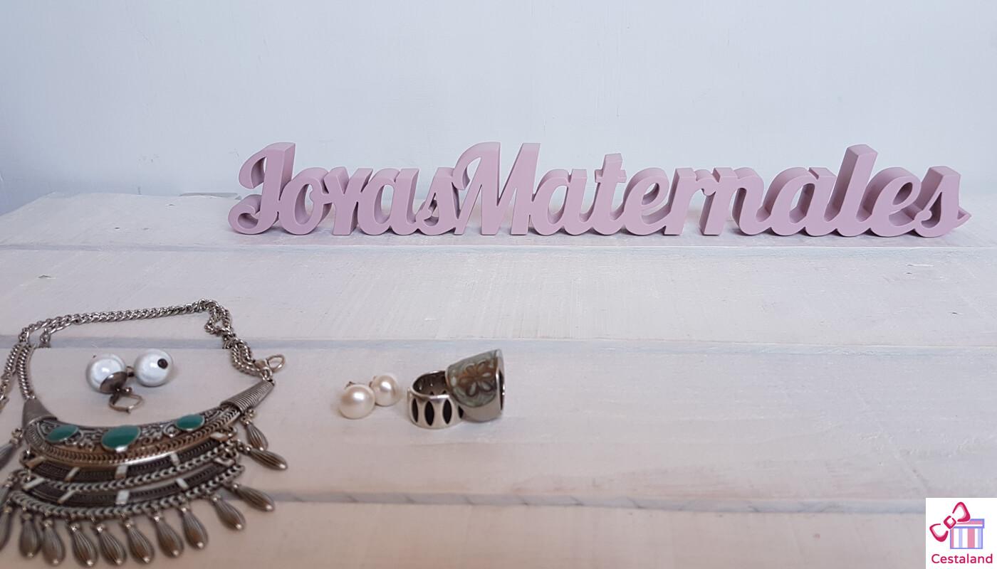 joyas maternales logotipo en madera