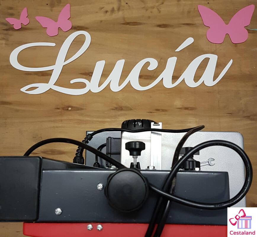 taller artesano letra de madera Lucía